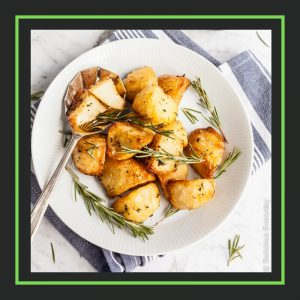 delicious every day_crispy roast potatoes_linkparty_slocooking.net