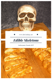 Edible Skeletons from sloCooking.net #halloween #halloweenfoods
